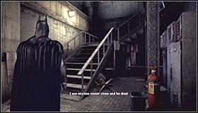 Вскоре поверните налево и перейдите в зону, обозначенную как Палата успокоения пациента - Прохождение - Интенсивное лечение - часть 1 - Прохождение - Бэтмен: Убежище Аркхема - Руководство по игре и прохождение