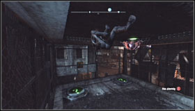 Stand on the first pressure plate #1 and afterwards use the Ceiling Climb skill by pressing RB #2 - Catwoman trophies - Industrial District - Batman: Arkham City - Game Guide and Walkthrough