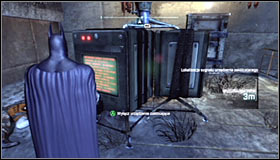 It of course would be good to attack the enemies below by surprise - Disable Penguins Communications Disruptors | Main story - Main story - Batman: Arkham City Game Guide