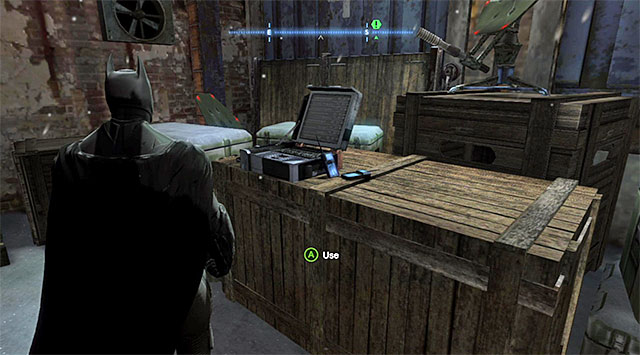 The radio that you are looking for is in the spot shown in the above screenshot - Collect second SIM Card to triangulate Penguins position - Main storyline - Batman: Arkham Origins - Game Guide and Walkthrough