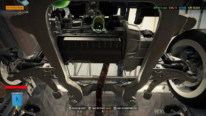 Некоторые детали двигателя, такие как масляный фильтр или масляный поддон, требуют осмотра снизу - Car Mechanic Simulator 2021: Замена деталей - Основы - Руководство Car Mechanic Simulator 2021
