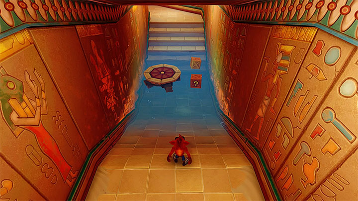 Eliminate the first beetle (or jump over it) and reach the rotary mechanism - Tomb Wader | Crash Bandicoot 3 | Levels - Crash Bandicoot 3 - Egyptian location - Crash Bandicoot N. Sane Trilogy Game Guide