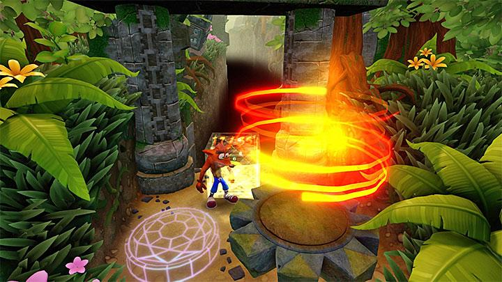 The idea of this stage is identical to the previous Boulders task, and thus you will need to run from a boulder and avoid obstacles - Boulder Dash | Wumpa Island | Levels - Crash Bandicoot - Wumpa Island - Crash Bandicoot N. Sane Trilogy Game Guide
