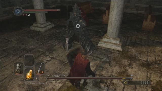 Seus ataques podem ser bloqueadas com um bom escudo.  - Old Dragonslayer - Como derrotar um chefe - Dark Souls II - Guia do Jogo e Passo a passo