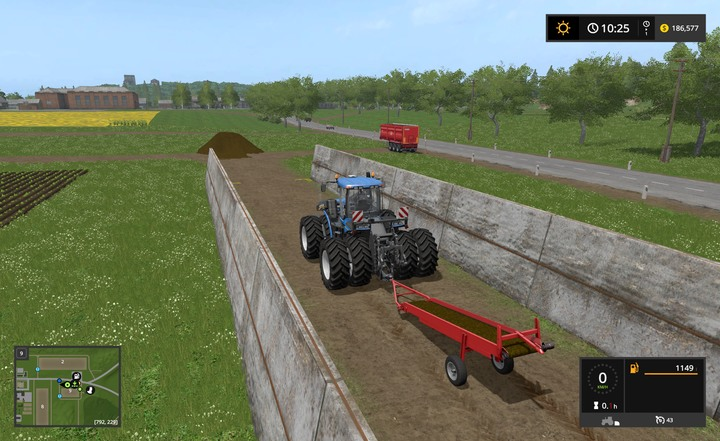 How to Empty a Prism/Silo? - Farming Simulator 17 Game Guide