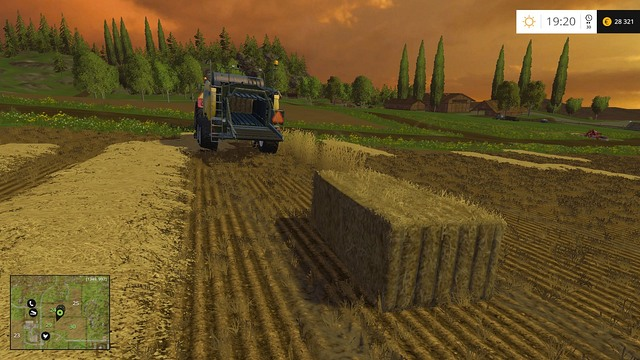 A baler during work. - Grass, hay, straw - Plants - Farming Simulator 15 Game Guide