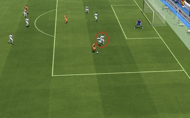 Advanced defence techniques | Defense - FIFA 14 Game Guide