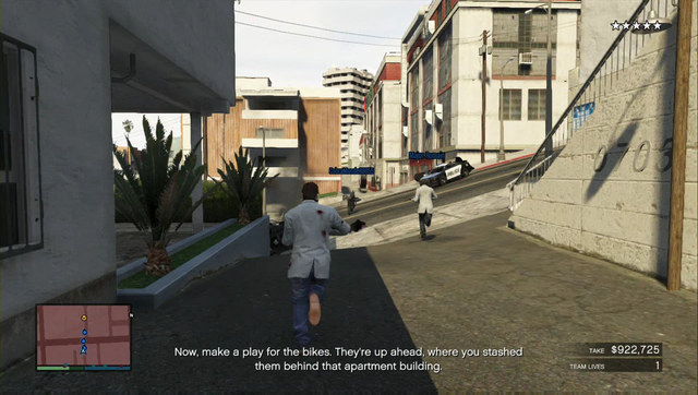 Escape along side alleys and take the motorcycles - Heist 5: Pacific Standard - Heists (DLC) - Grand Theft Auto V Game Guide