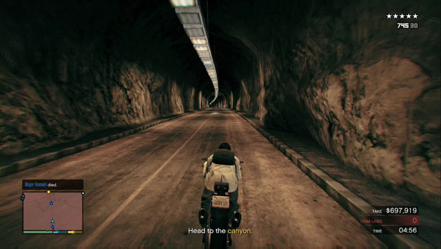 The second-last fragment of the road runs along the canyon - only here are you safe - Heist 5: Pacific Standard - Heists (DLC) - Grand Theft Auto V Game Guide