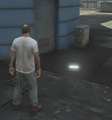 Two of 50 letter scraps scattered around the city. - Letter scraps - Collectibles - Grand Theft Auto V Game Guide