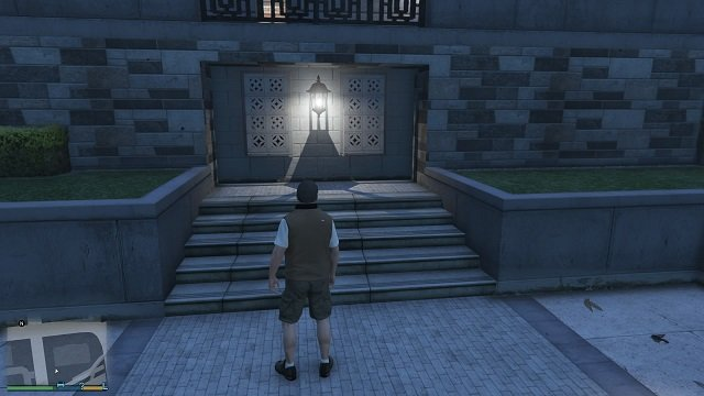 The lamp is clearly showing us that the inscription is close. - Inscriptions - Murder Mystery - Grand Theft Auto V Game Guide