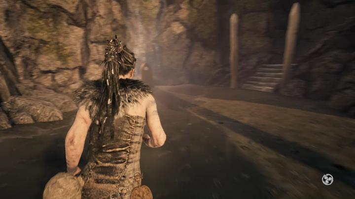 Check out the stone and take the stairs. - Reaching the shore - The Journey Begins - Hellblade: Senuas Sacrifice Game Guide