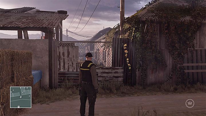 One of many spots where you can get over the fence - Reaching and exploring the farm | Colorado - Colorado: Freedom Fighters - Hitman Game Guide