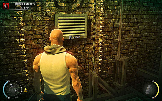 Enter the unguarded room, climb down and use the ventilation shaft shown on the above screen - Patriot's Hangar - Using a keycard - 13: Fight Night - Hitman: Absolution - Game Guide and Walkthrough