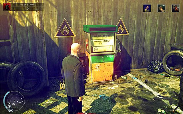 Another place visited by Tyler is a square located in front of the car garage - Streets of Hope - Murdering Tyler Colvin - 9: Shaving Lenny - Hitman: Absolution - Game Guide and Walkthrough