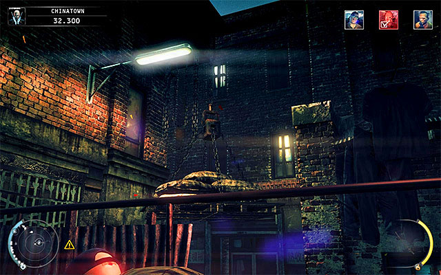 The second load is located in a side alley, visited by Larry Clay from time to time (screen above) - 5: Hunter and Hunted - p. 2 - Challenges - Hitman: Absolution - Game Guide and Walkthrough