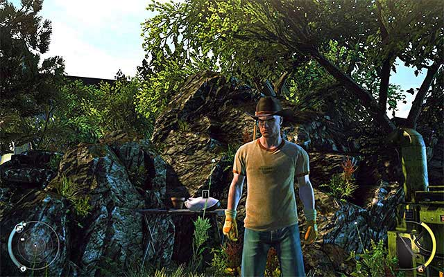 Gardener disguise is the easiest one to obtain, because you can pick it up during the Greenhouse stage - 1: Personal Contract - Challenges - Hitman: Absolution - Game Guide and Walkthrough