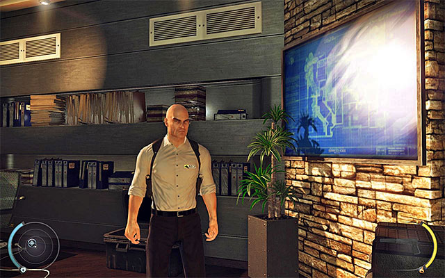 Obtaining mansion interior guard disguise is also easy - clothes can be found in the head of security room (Cliff stage) - 1: Personal Contract - Challenges - Hitman: Absolution - Game Guide and Walkthrough