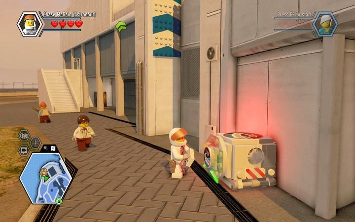 While wearing this dishuise, you can use special astronaut blocks - Apollo Island | Walkthrough - Chapter 7 - LEGO City: Undercover Game Guide