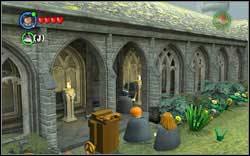 Angelina Johnson: There are ten torches on the courtyard - Bonuses - Hogwarts - Walkthrough - LEGO Harry Potter: Years 1-4 - Game Guide and Walkthrough