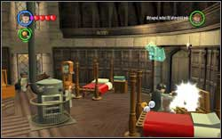 Ron (Hogwarts): In the chest on the right, beside the entrance door - Bonuses - Hogwarts - Walkthrough - LEGO Harry Potter: Years 1-4 - Game Guide and Walkthrough