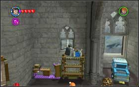 Use magic on the painting by the door and put the letter (WL) into the box #1 - a rabbit will jump out - Bonuses - Hogwarts - Walkthrough - LEGO Harry Potter: Years 1-4 - Game Guide and Walkthrough