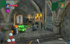 Drink the potion - now you can freely choose a character into which you want to change #1 - Walkthrough - Year 2 Part 1 - Walkthrough - LEGO Harry Potter: Years 1-4 - Game Guide and Walkthrough