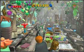 Follow Nearly Headless Nick to the Herbology Class (M3 - Walkthrough - Year 2 Part 1 - Walkthrough - LEGO Harry Potter: Years 1-4 - Game Guide and Walkthrough