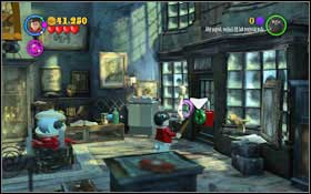 Use all the bricks to create (WL) a sword, which you should then send (WL) to the wizard running from the dragon on the painting #1 - Walkthrough - Year 2 Part 1 - Walkthrough - LEGO Harry Potter: Years 1-4 - Game Guide and Walkthrough
