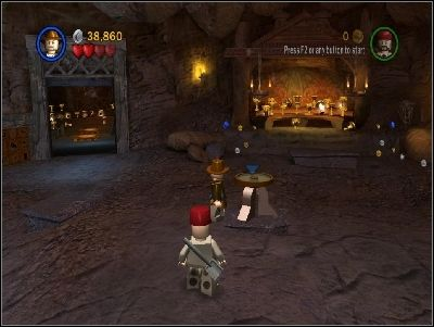 Go back to the middle chamber and put the Graal on the holder in the middle of the room - Chapter 6 - Temple of the Grail - part 2 - The Last Crusade - LEGO Indiana Jones: The Original Adventures - Game Guide and Walkthrough