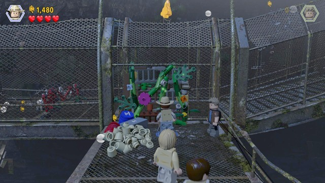 Birdcage jurassic park iii walkthrough lego jurassic world after you walk inside as grant approach the plants in the way and cut gumiabroncs Gallery