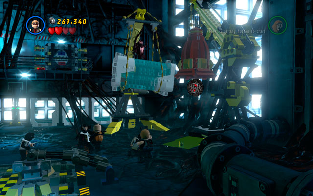 When the enemy is hardly alive, turn right and approach to the crane - Exploratory Laboratory - Walkthrough - LEGO Marvel Super Heroes - Game Guide and Walkthrough
