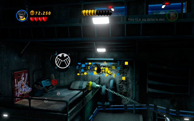 Switch into Wolverine and pass to the upper floor using the chain - Rock Up at the Lock Up - Walkthrough - LEGO Marvel Super Heroes - Game Guide and Walkthrough