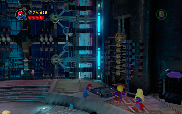 Move further, fighting with another group of enemies, then use spider sense to uncover the passage to the upper level - Magnetic Personality - Walkthrough - LEGO Marvel Super Heroes - Game Guide and Walkthrough