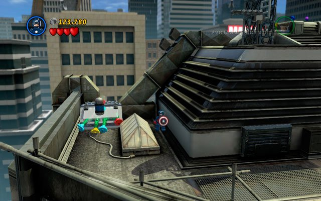 The last one can be found on the same roof, but on the opposite side of it - Times Square Off - Minikit Sets - LEGO Marvel Super Heroes - Game Guide and Walkthrough