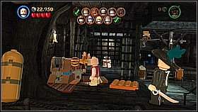 As Marty go to the right and destroy the silver grilles using the pistol - Davy Jones Locker - walkthrough - At World's End - LEGO Pirates of the Caribbean: The Video Game - Game Guide and Walkthrough