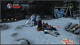 Destroy the boat lying upside down [1] and build a new object using the bricks - Whitecap Bay - walkthrough - On Stranger Tides - LEGO Pirates of the Caribbean: The Video Game - Game Guide and Walkthrough