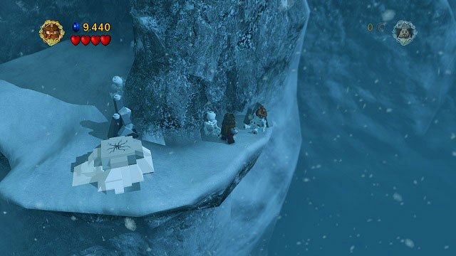 #5 - Beyond the avalanche, after crossing the deep snow and building a narrow tunnel - The Pass of Caradhras - Collectibles - LEGO The Lord of the Rings - Game Guide and Walkthrough