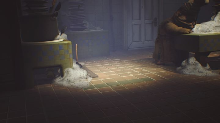 This time, youll have to cross a rather large hall, in which a pair of cooks is washing the dishes. - Getting the next key | The Kitchen - The Kitchen - Little Nightmares Game Guide