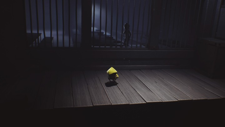 The mysterious creature will give the protagonist something to eat. - The looking eye and the pestering hunger (The Prison) - The Prison - Little Nightmares Game Guide