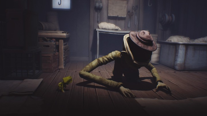 When the enemy doesnt see you, use the opportunity and wait until he starts snooping around the room. - Escape from the cage and the first encounter with the blind creature (The Lair) - The Lair - Little Nightmares Game Guide