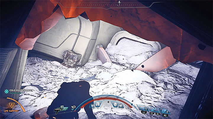 When you are investigating the ruins you should have your scanner activated - The Lost Scout | Voeld side quests - Voeld - Mass Effect: Andromeda Game Guide