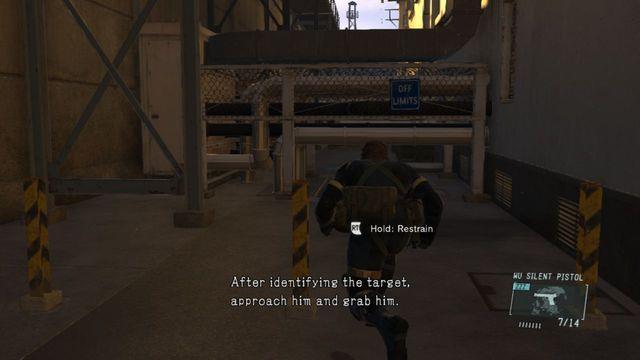 Vá entre o edifício ea parede - Ops laterais e Ops extra - - Classificados Intel Aquisição Metal Gear Solid V: Zeros terra - Guia do Jogo e Passo a passo