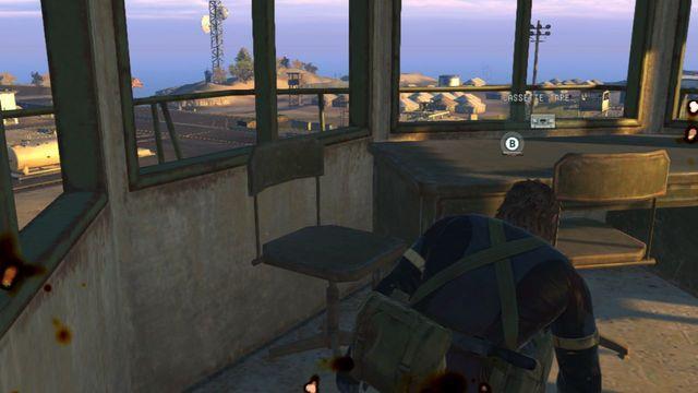 Cuidado com a câmera na parede - missões secundárias - fitas cassete - Metal Gear Solid V: Zeros terra - Guia do Jogo e Passo a passo