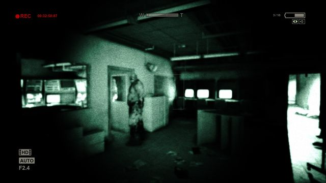 come scaricare outlast whistleblower game