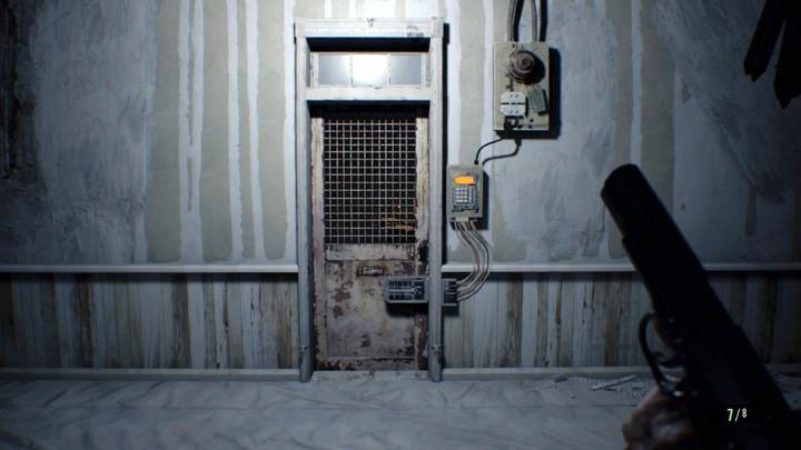 ผลการค้นหารูปภาพสำหรับ resident evil 7 testing area