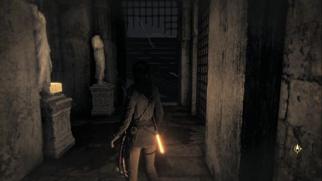 Close to the spot, where there is the Archivist map - jump over to the next corridor, using the rope - Relics and murals | Flooded Archives - Flooded Archives - Rise of the Tomb Raider Game Guide & Walkthrough