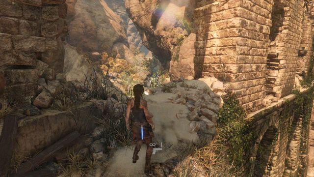 Walk left and jump on one of the pillars of the aqueduct - Find the entrance to the Prophets Tomb | Syria - Lost tomb - Syria - Lost tomb - Rise of the Tomb Raider Game Guide & Walkthrough