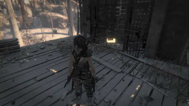 Inside the building, climb up and then jump onto the platform closer to the center - Relics | Soviet Installation - Soviet Installation - Rise of the Tomb Raider Game Guide & Walkthrough