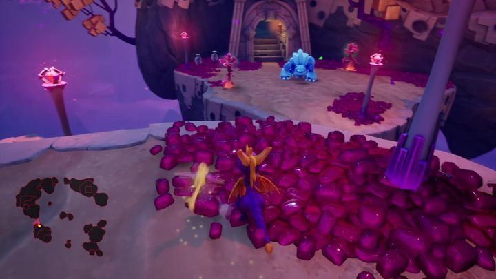 Thanks to this you will be able to enter the next cave safely - Crystal Islands | Spyro: Year of the Dragon Walkthrough - Midnight Mountain - Spyro Reignited Trilogy Guide